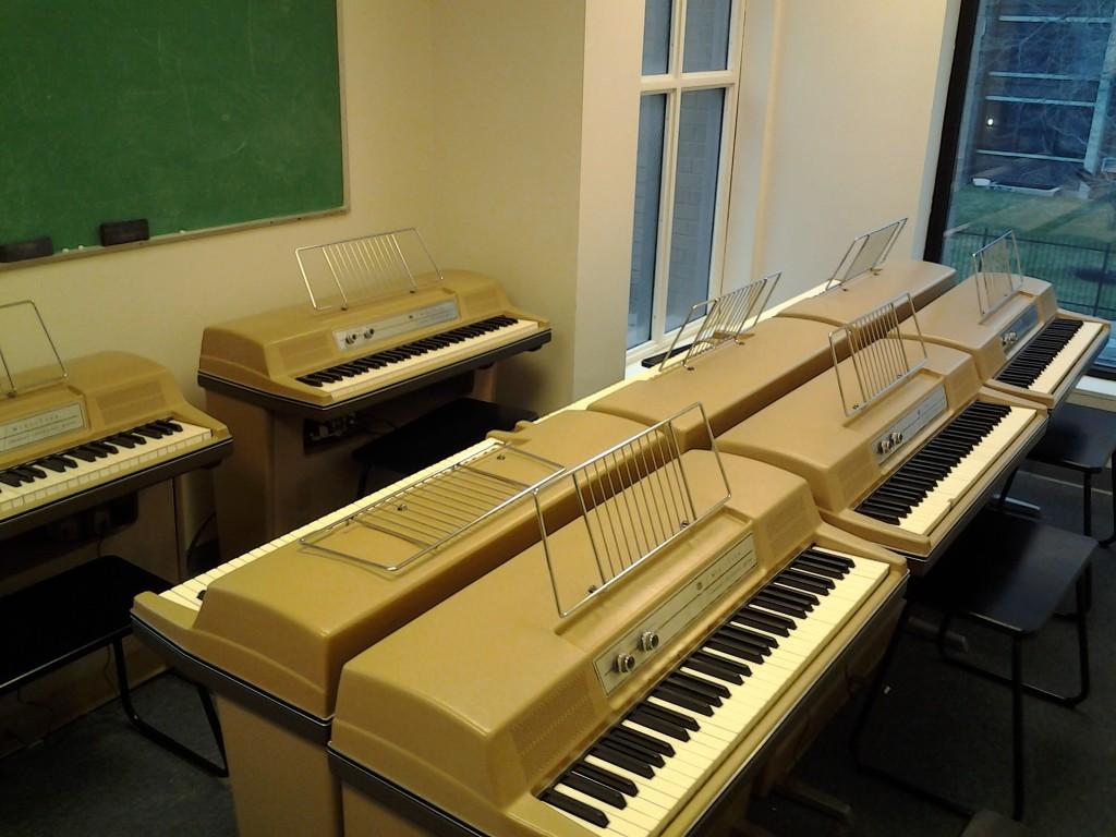 Wurlitzer 206a Classroom