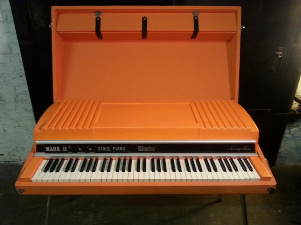 Wilco Orange Rhodes