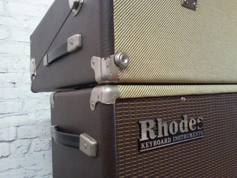 Rhodes Tweed Two Tone Logo