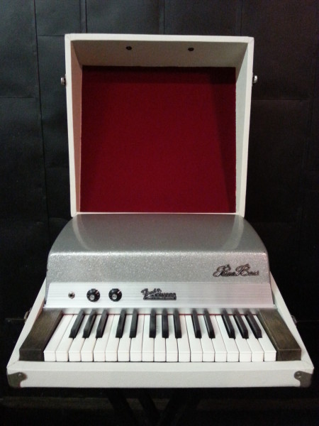 Fender Rhodes Piano Key Bass