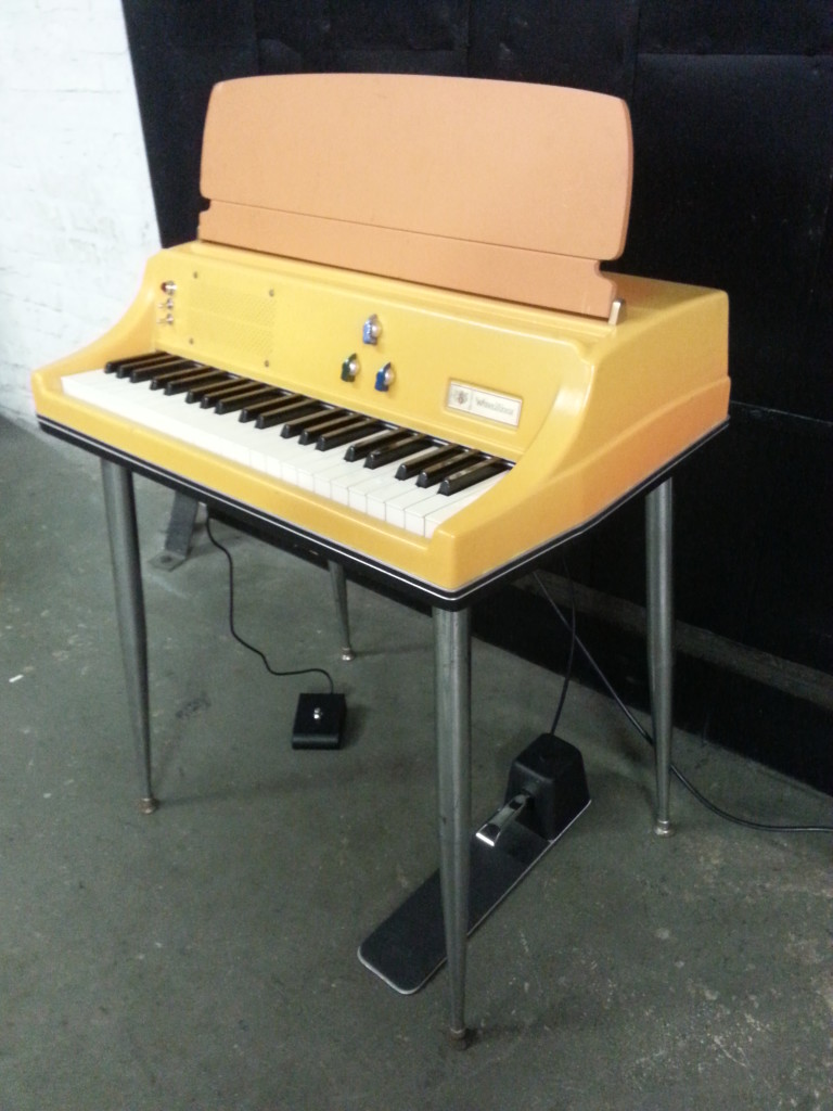 Wurlitzer 106 Full Angle View