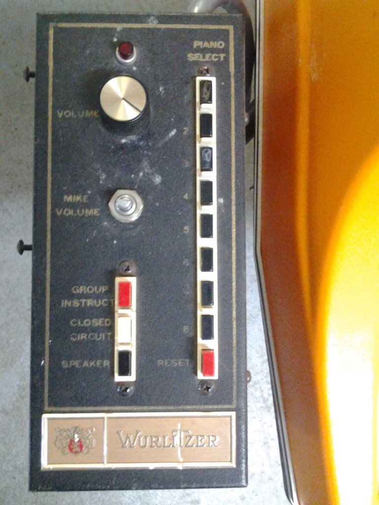 Wurlitzer 106 Instructor Controls