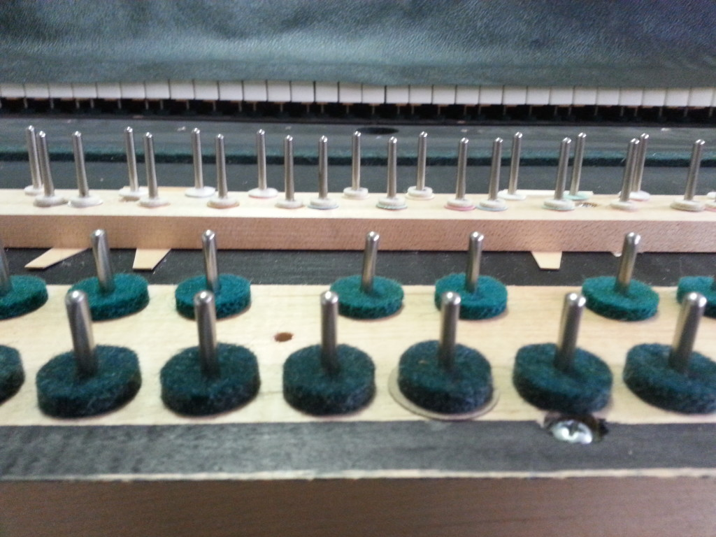 Wurlitzer 106 Key Bed