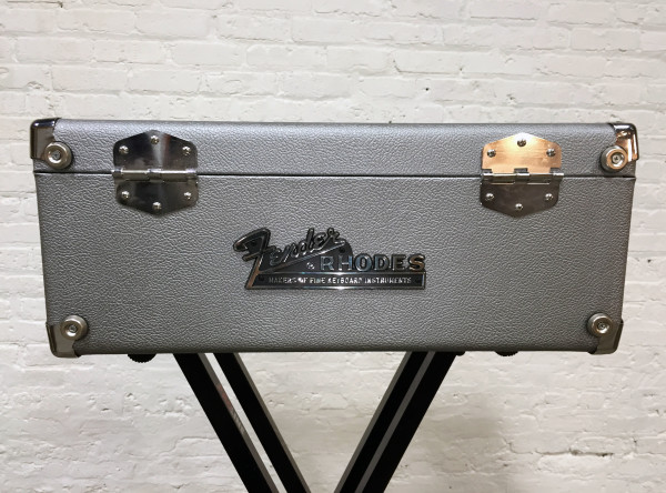 Fender Rhodes Piano Bass Logo