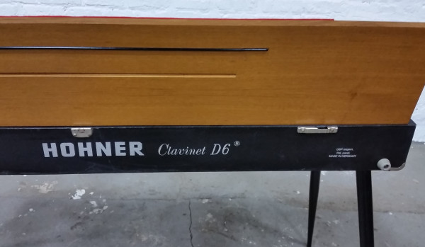 Hohner Clavinet D6 Back View Lid Open