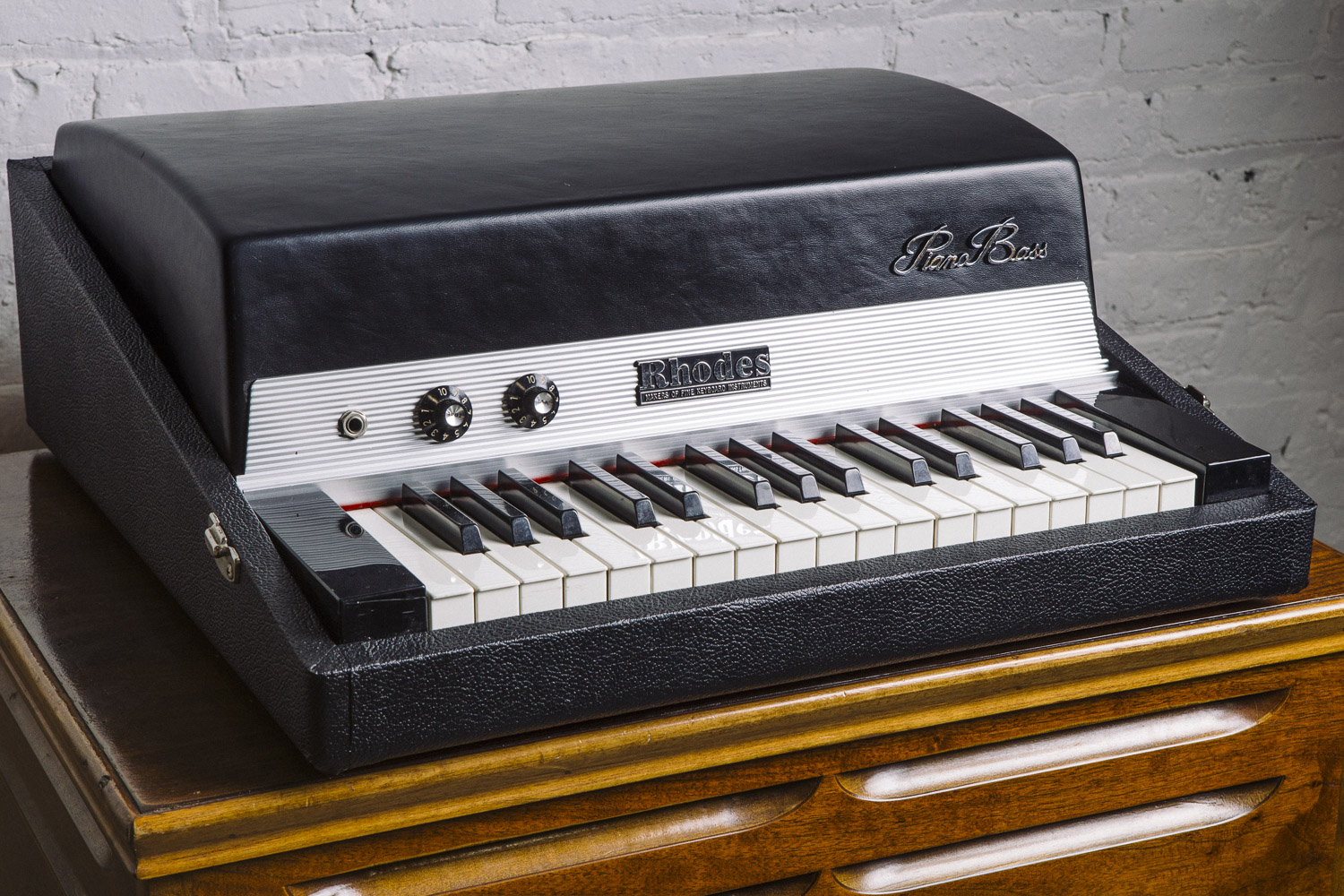 for sale rhodes piano bass the chicago electric piano co. Black Bedroom Furniture Sets. Home Design Ideas