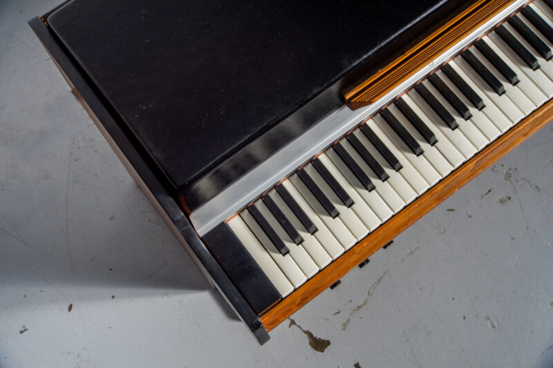 1972 Rhodes 7055 Student-10