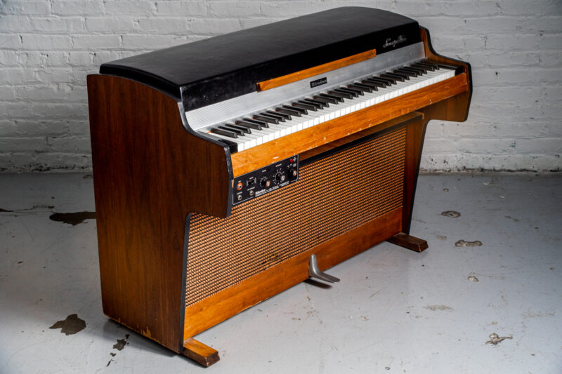 1972 Rhodes 7055 Student-19