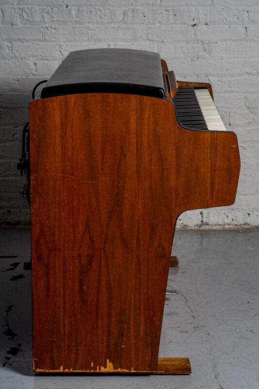 1972 Rhodes 7055 Student-21