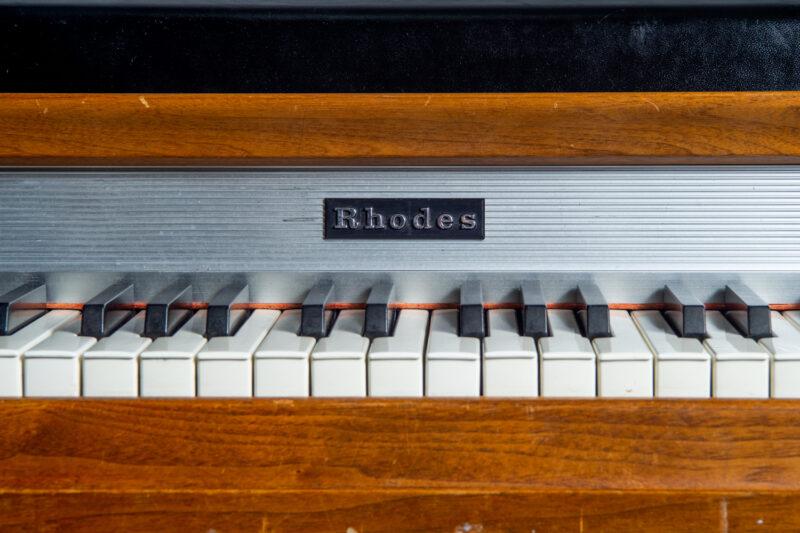 1972 Rhodes 7055 Student-8